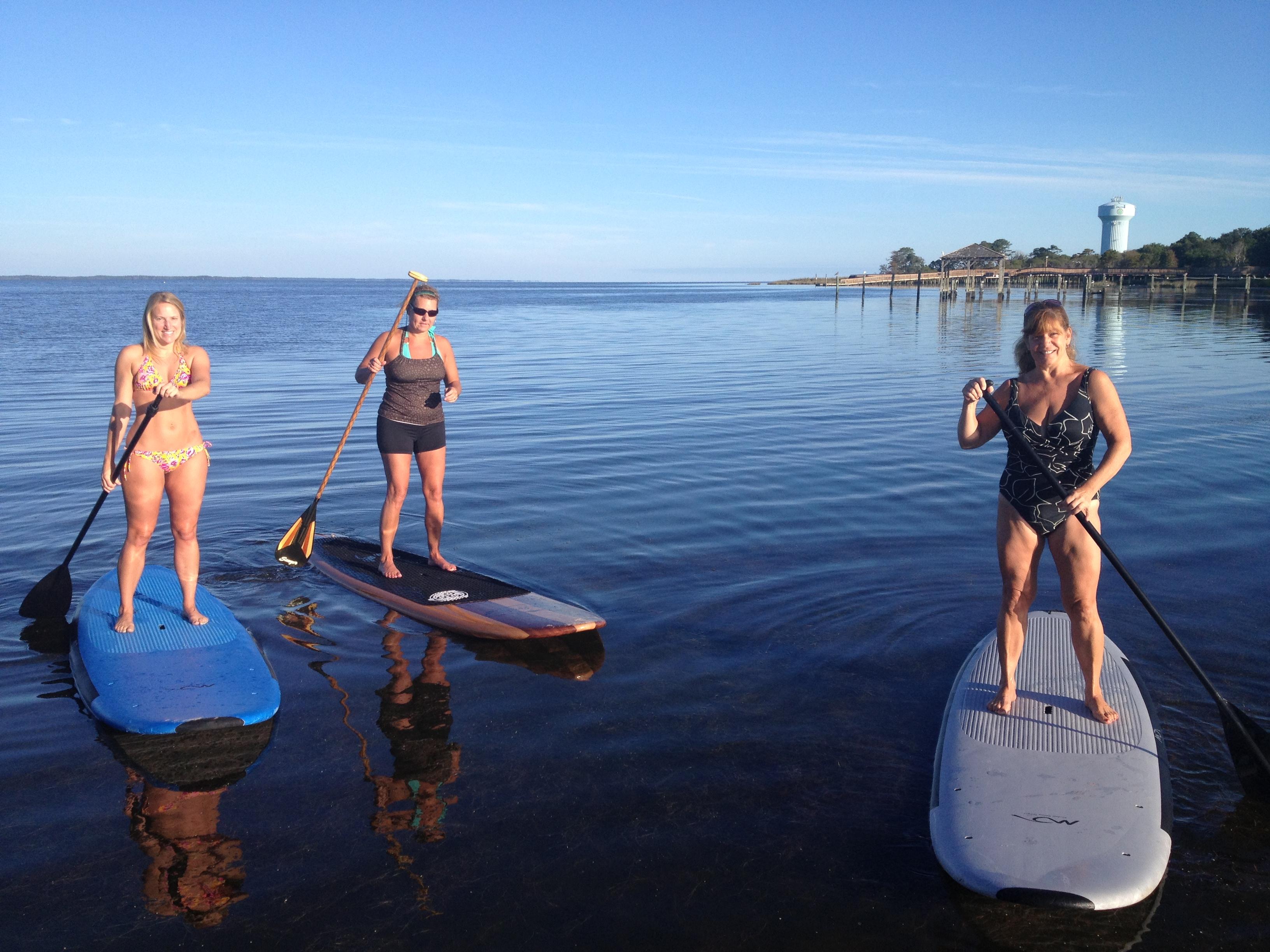 surfpics/paddleboardgirls1.JPG