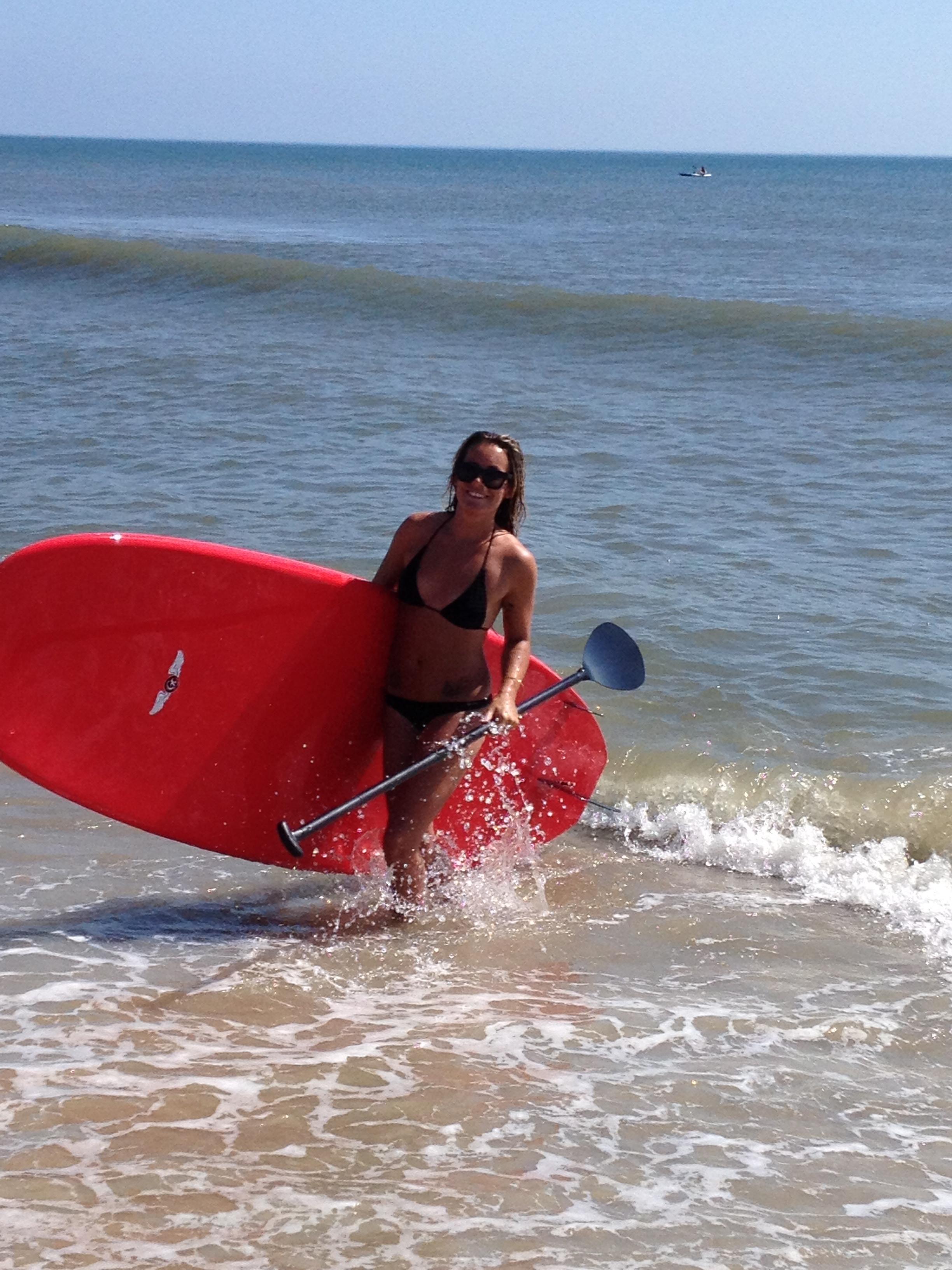 surfpics/paddleboardhonora.JPG